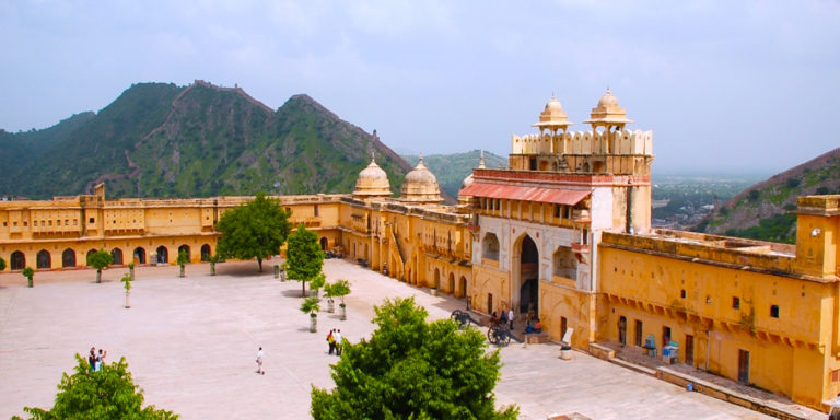 6) Amber Fort